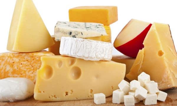 تفسير رؤية الجبنة في المنام أكل أو شراء