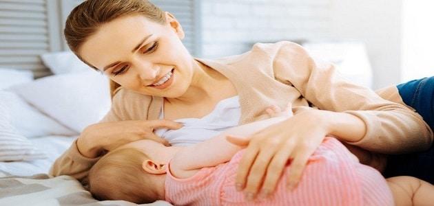 تفسير حلم الرضاعة للعزباء