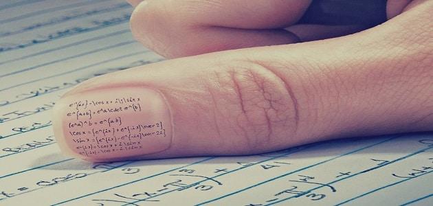 تفسير حلم الغش في الامتحان للعزباء