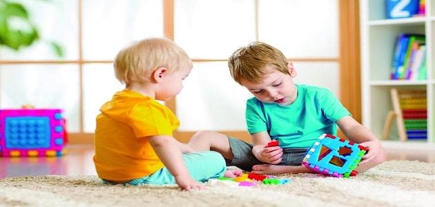 تفسير رؤية أطفال يلعبون في المنام